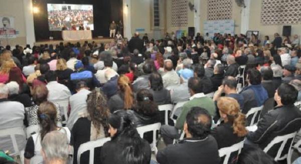"""500 compañeros por unanimidad: """"La dignidad no se negocia"""""""